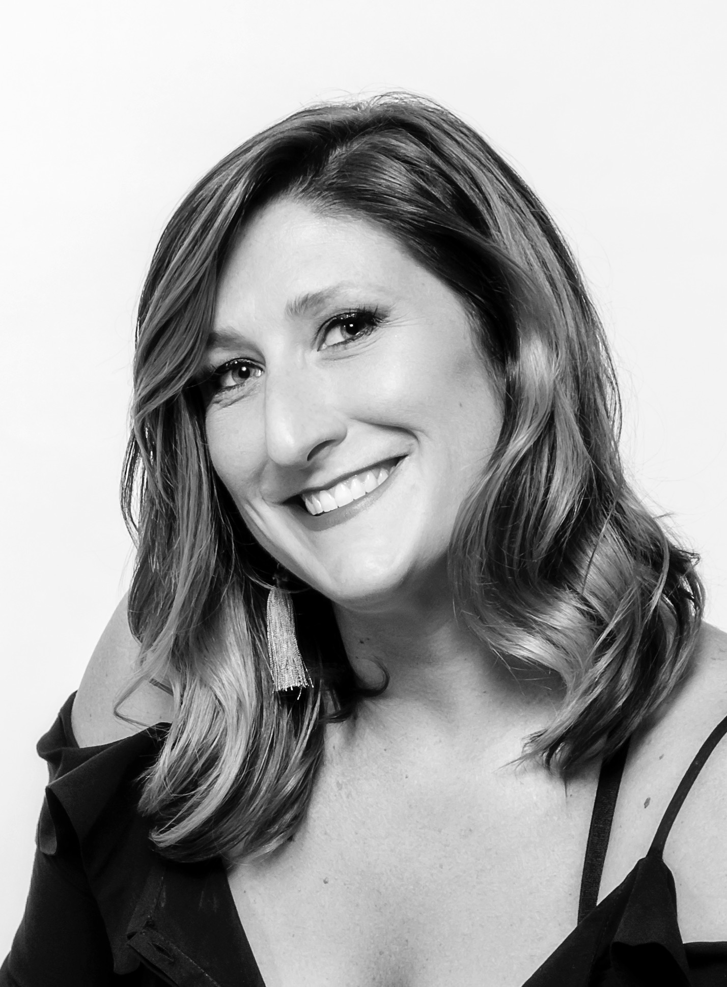 meet christina marie - Becoming one of the top color specialists in Atlanta with 10 plus years of experience, Christina Marie handcrafts one of a kind experience for each of her clients. Exclusively focusing on color she offers the highest level of stylized work using a palate of personalized shades to compliment the clients skin tone and lifestyle.