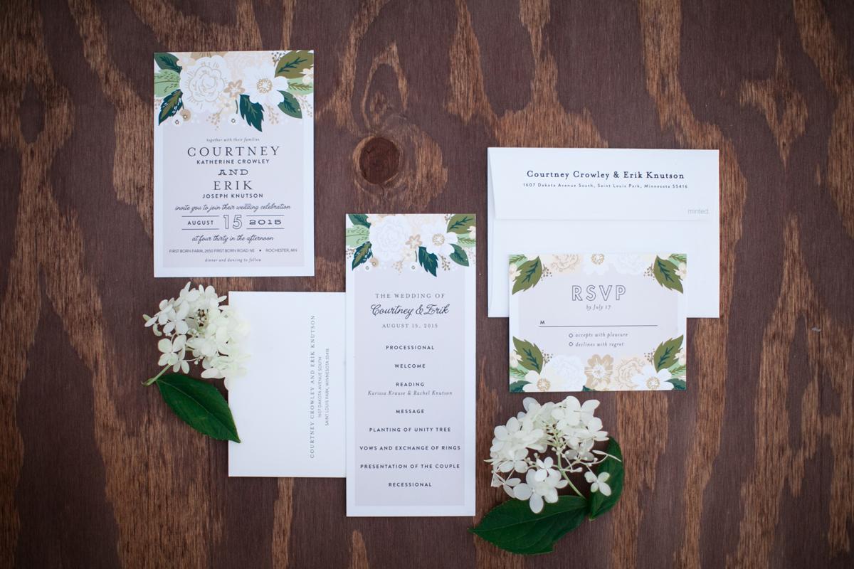 rochester_wedding_coordinator_neutrals_classy.jpg