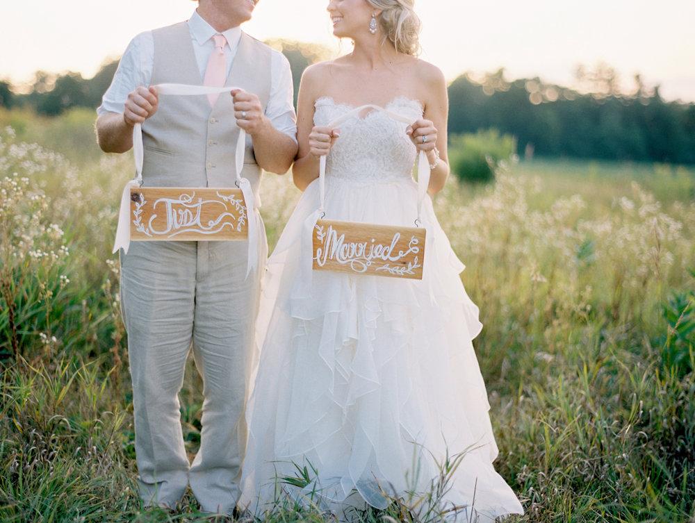 minnesota_wedding_coordinator_planner_pepin_wi.jpg