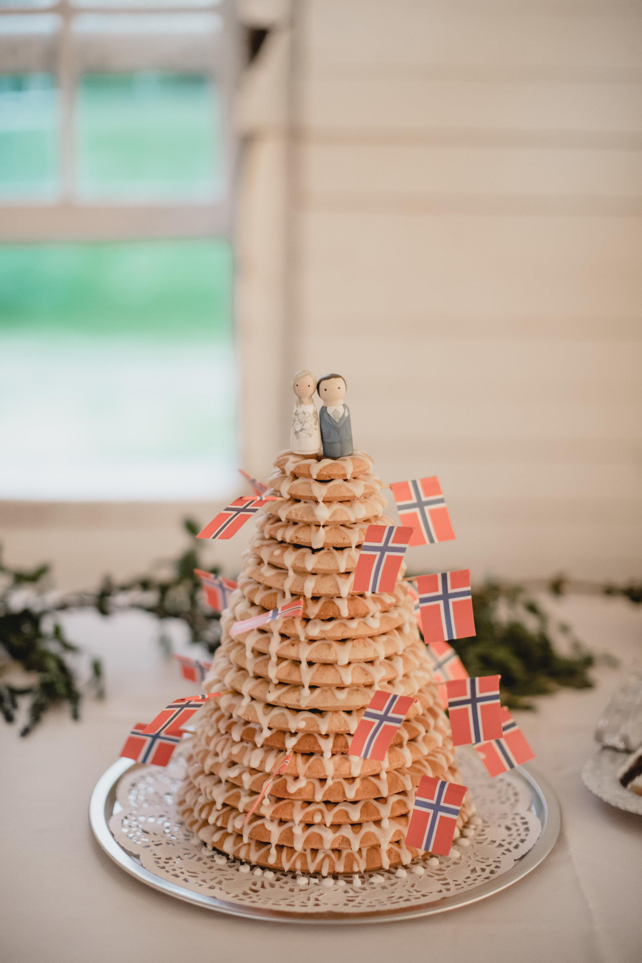 wedding-cake-kransekake