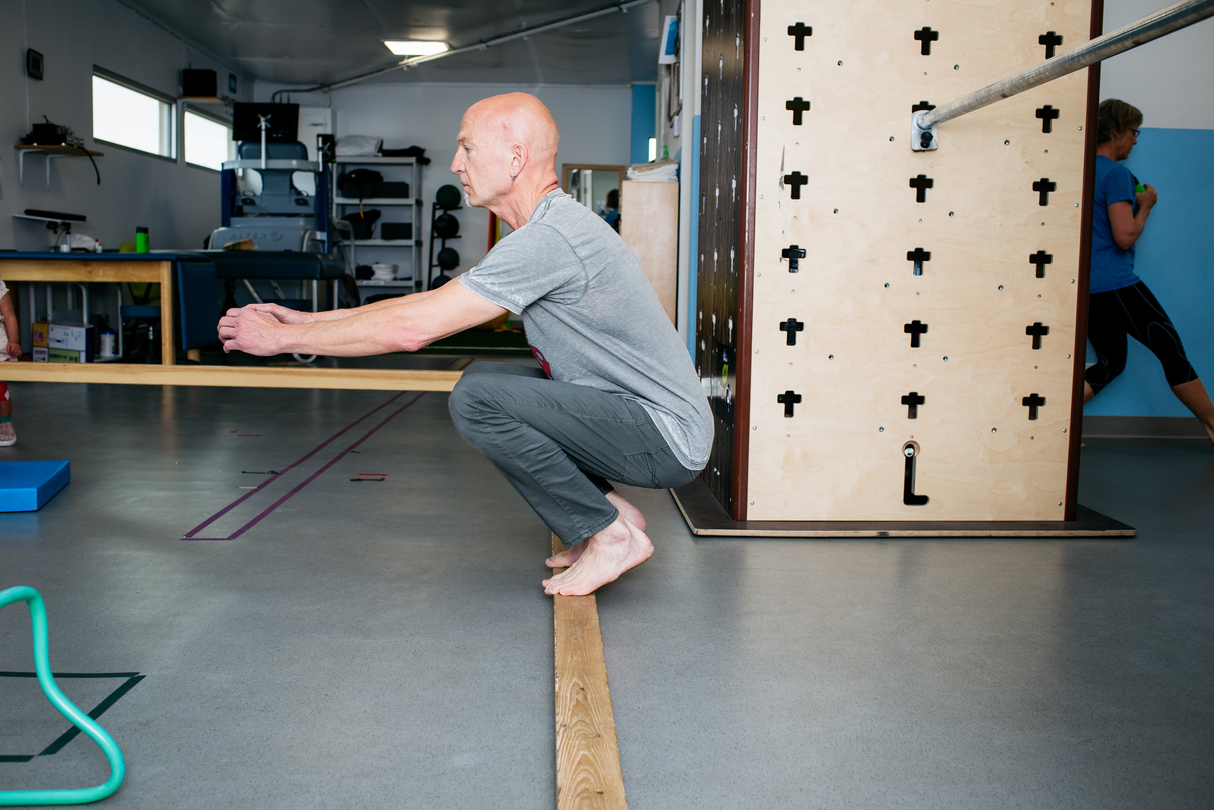 Ed deep squat balance MovNat MoveTru Albuquerque