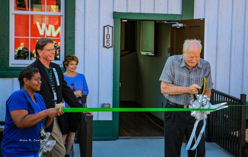 Ribbon Cutting - Mayor Tim Litz