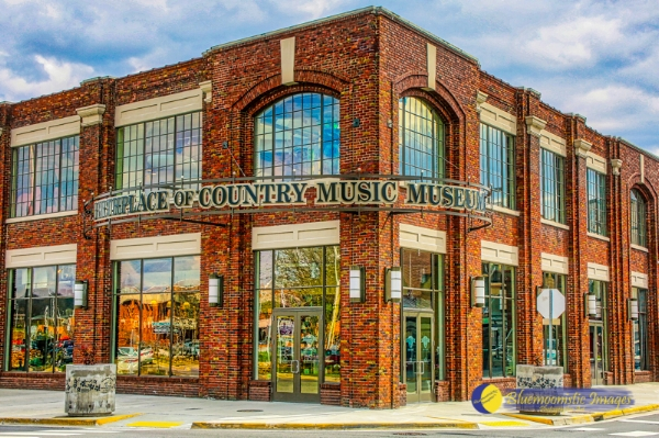 Birthplace of Country Music Museum - Bristol VA  -- Photo by Dale R. Carlson