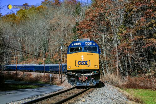 The Santa Train 2018 Pulling into Dante VA - Photo by Dale R. Carlson