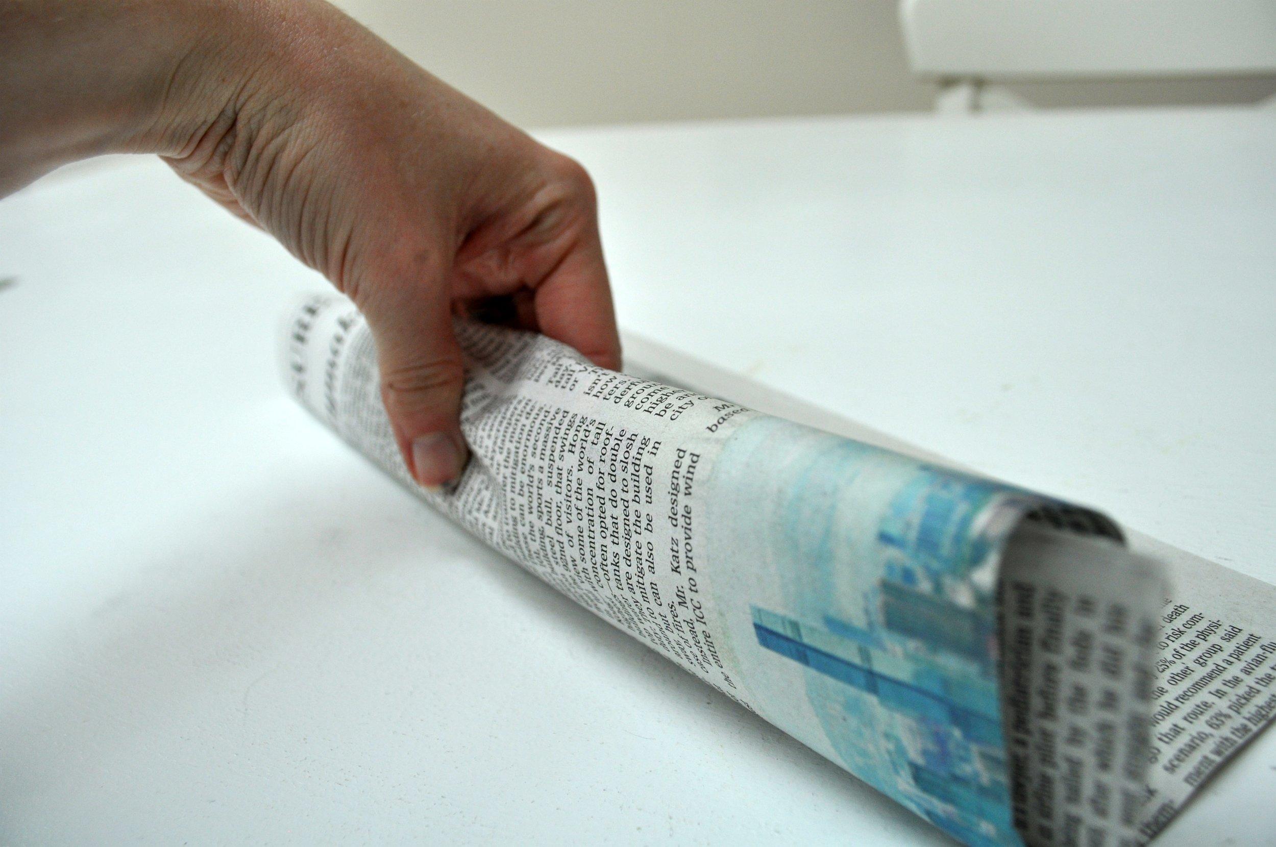 2011_0427DIYNewspaperCandy0130