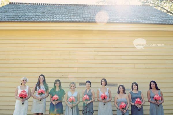2-Mordecai-House-wedding-bridal-party.jpg