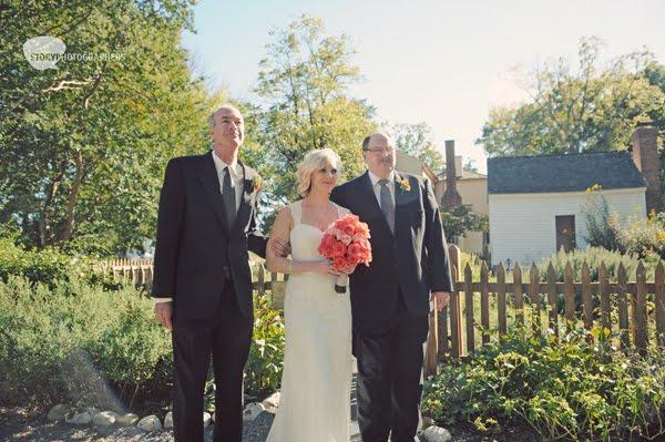 3-Mordecai-House-wedding-bride-ceremony.jpg