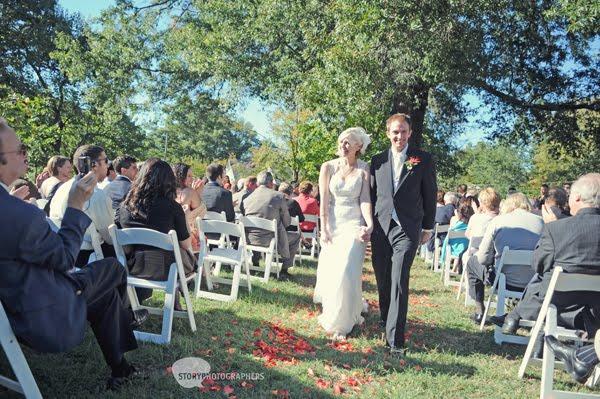 5-Mordecai-House-wedding-outdoor-ceremony.jpg