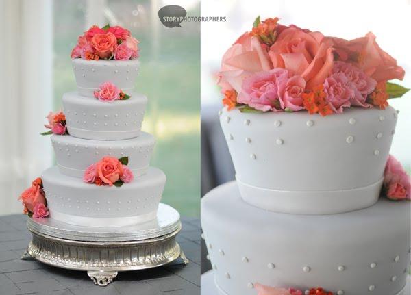 10-Mordecai-House-wedding-cake-fondant-pink-flowers.jpg