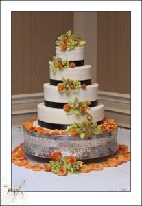 hilton-new-bern-wedding-cake.jpg
