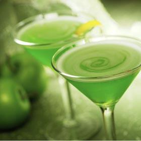 Sour-Apple-Martini.jpg