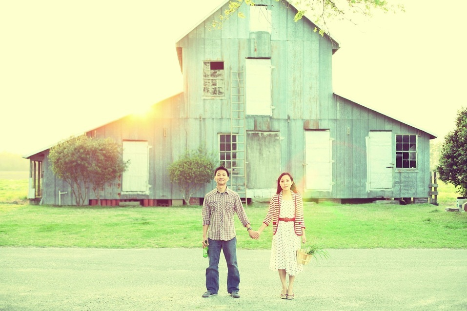 jane-and-tim-with-barn.jpg