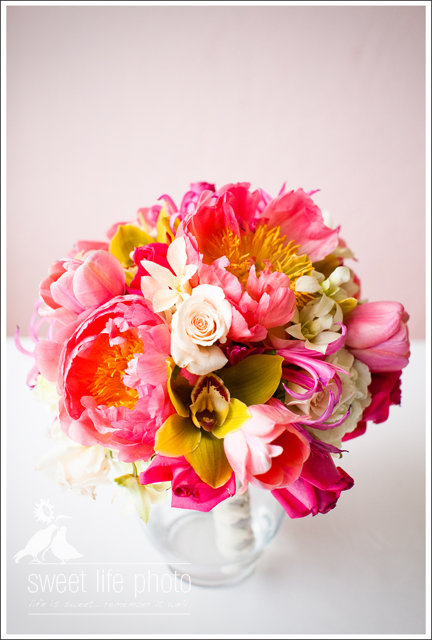 snipes-farm-wedding-flowers.jpg