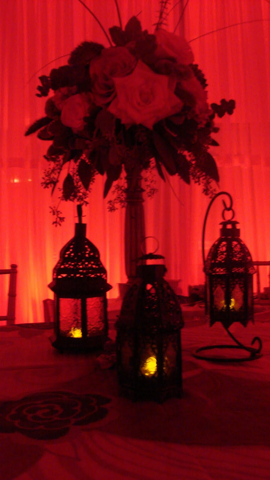 reception-table-red.jpg
