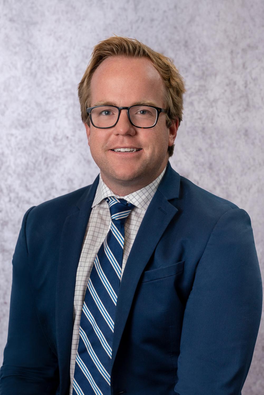 Andrew Comer   Associate