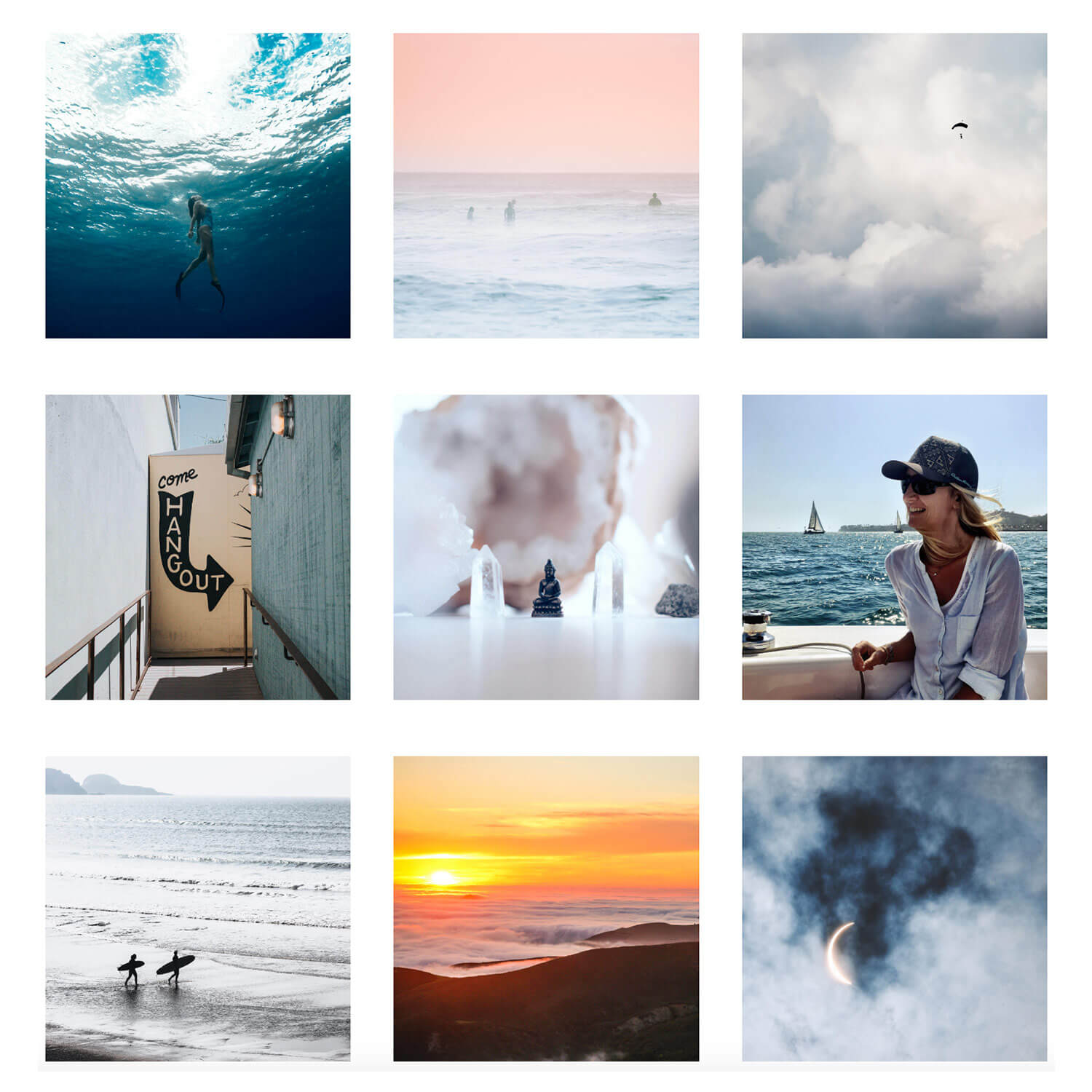 Example of Squarespace code block grid using hover effects on images. By The Qurious Effect, a Squarespace website design studio.