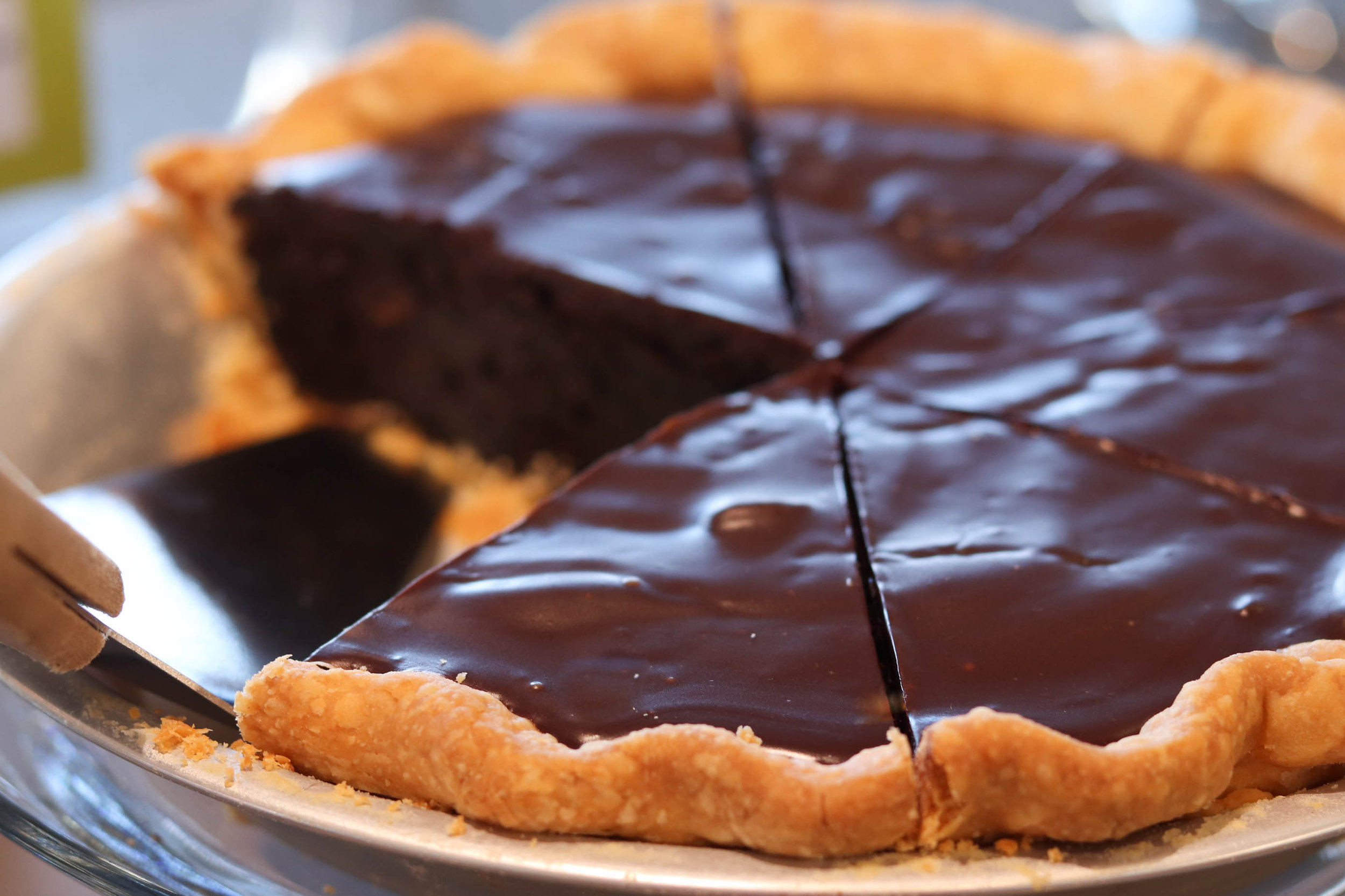 Whole Chocolate Pie 02.jpg