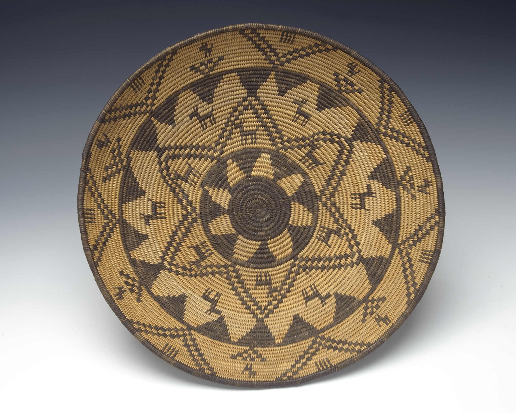 Western Apache, basket, about 1900. Willow, cottonwood, and devil's claw, 2 3/4 × 14 5/16 in. Hood Museum of Art, Dartmouth College: Museum Purchase; 51.27.12829.