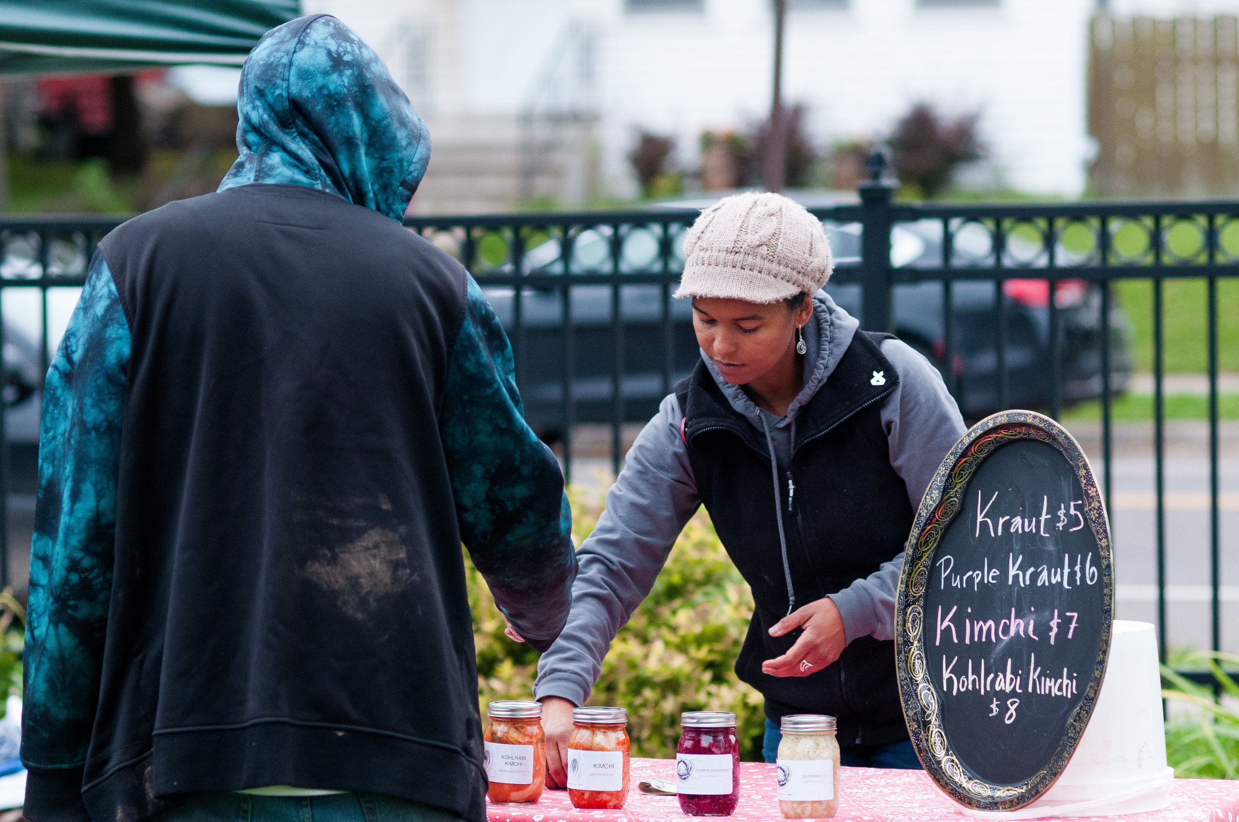 Members of the Lincoln Park community have easier access to a wide range of affordable foods. Photo by Alex Ganeev.