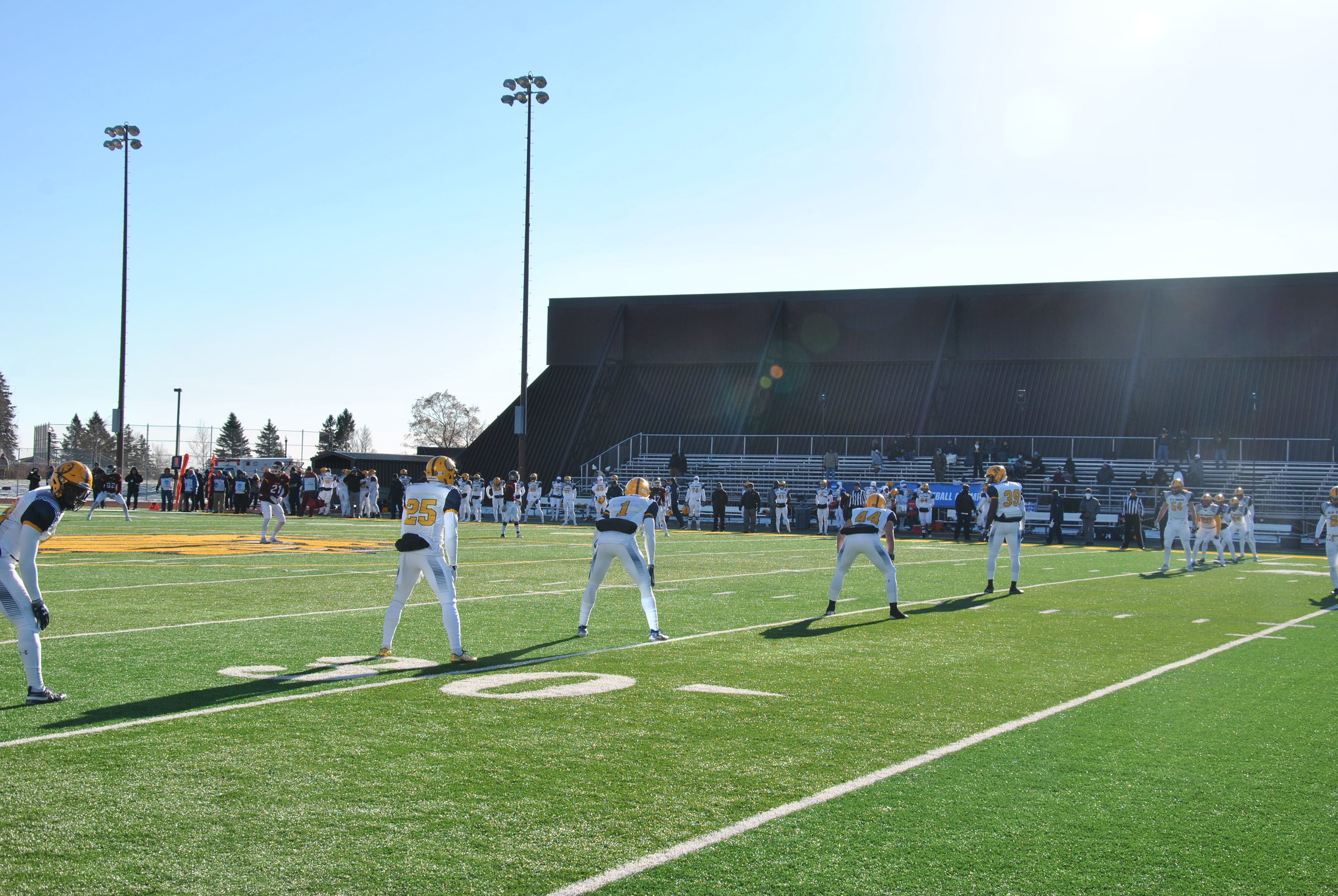 Texas A&M-Commerce lines up for the kickoff in the first quarter. Photo by Rebecca Kottke