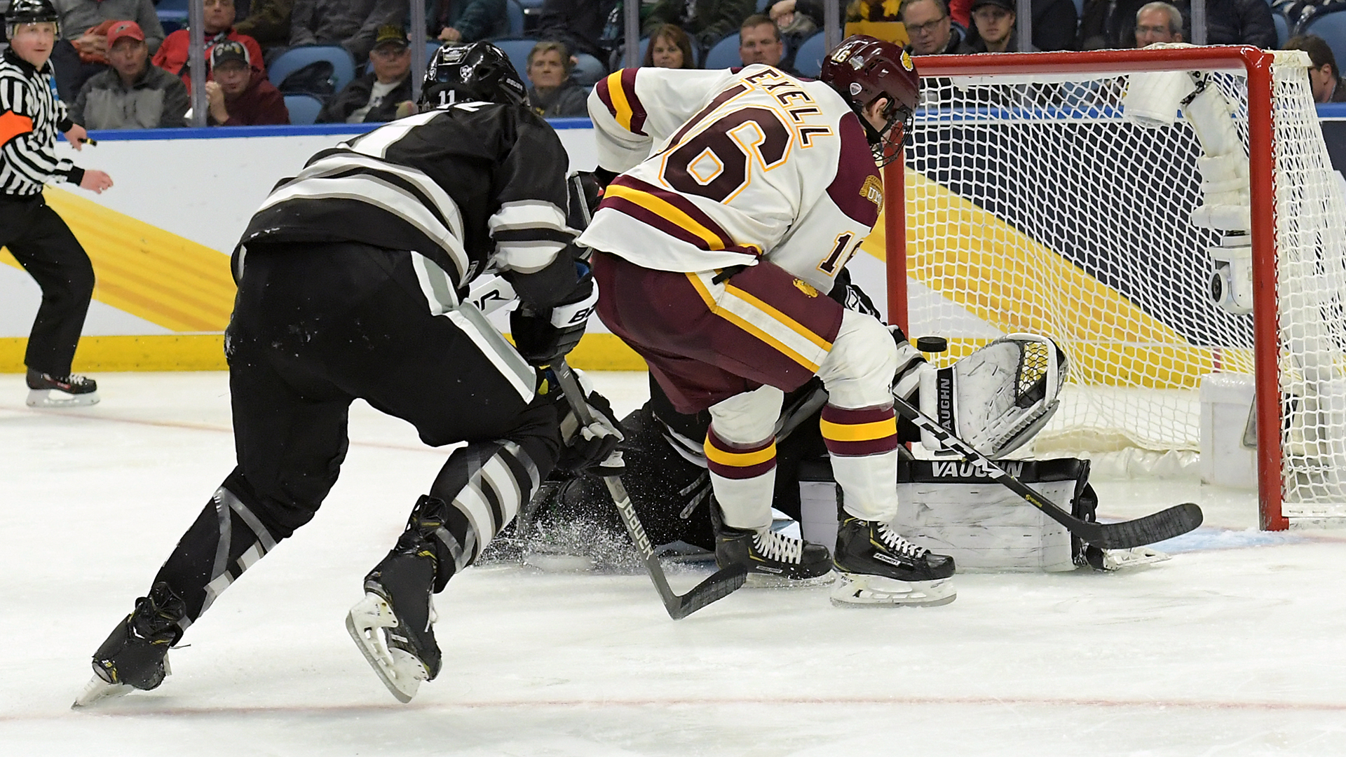 Billy Exell (16) scored the game-winning goal against the Providence Friars Thursday night in Buffalo, NY. Photo courtesy of: UMD Athletics