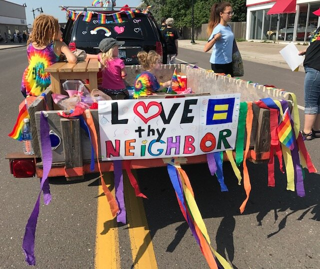 A float decorated by the  First United Methodist Church . Photo courtesy of Photo courtesy Joanne Coffin-Langdon