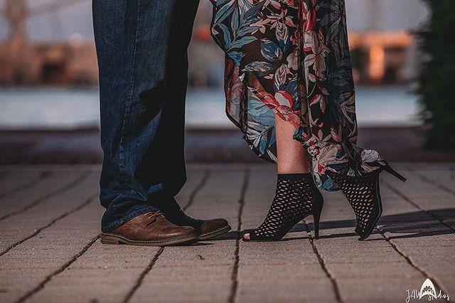 Who doesn't love a foot pop with a gorgeous shoe 🖤👠⠀ •⠀⠀ •⠀⠀ •⠀⠀ •⠀⠀ •⠀⠀ •⠀⠀ •⠀⠀ #jawstudios #jawstudioscouple #wedding #weddingphotography #instafocus #aesthetic #vsco #vscocam  #aesthetics #wanderlust #justgotshoot #thebmorecreatives #thevisualscollective #agameoftones #agameofportraits #moodygrams #pursuitofportraits #buildandbloom  #fatalframes #featurepalette #discoverportrait  #weddingphotographer #destination #destinationweddings #destinationphotographer #cinematographer