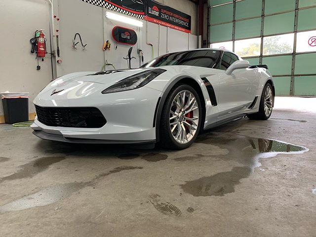 👀👀This Chevrolet Z06 Corvette looks nasty! Kerry produced this beaut with the help from some over night tint and Paint Protection Film from LLumar Window Film, Luxe LightWrap film from Luxe Auto Concepts for the marker lamps, 3M vinyl from FELLERS, has this Vette decked out! Thanks for bringing it by!  Veteran Owned and Veteran Operated! Call us for your vinyl or tint needs!  910-506-8468 (TINT) www.InvictusAA.com  @luxe.lightwrap @luxeautoconcepts @llumarfilms @chevrolet @ffellers @3mfilms @llumarcanada @chevroletperformance @corvette @teamchevy @z06hub #veteranbusiness #veteranownedandoperated #vetrepreneur #veteranownedbusiness #veteranownedsmallbusiness #corvettez06 #musclecar