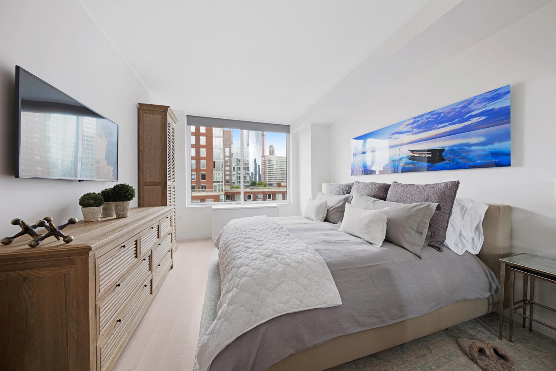 Bedroom, Battery Park City, New York Residence