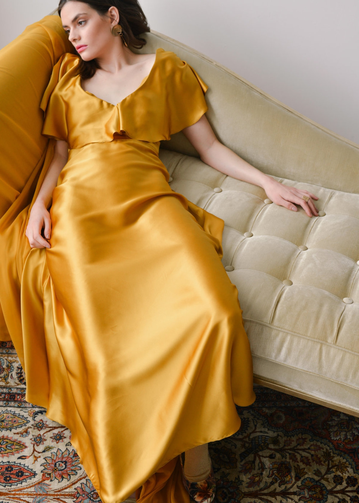 VENEZIA-DRESS-IN-24-CARAT-GOLD-20180413120346.jpg