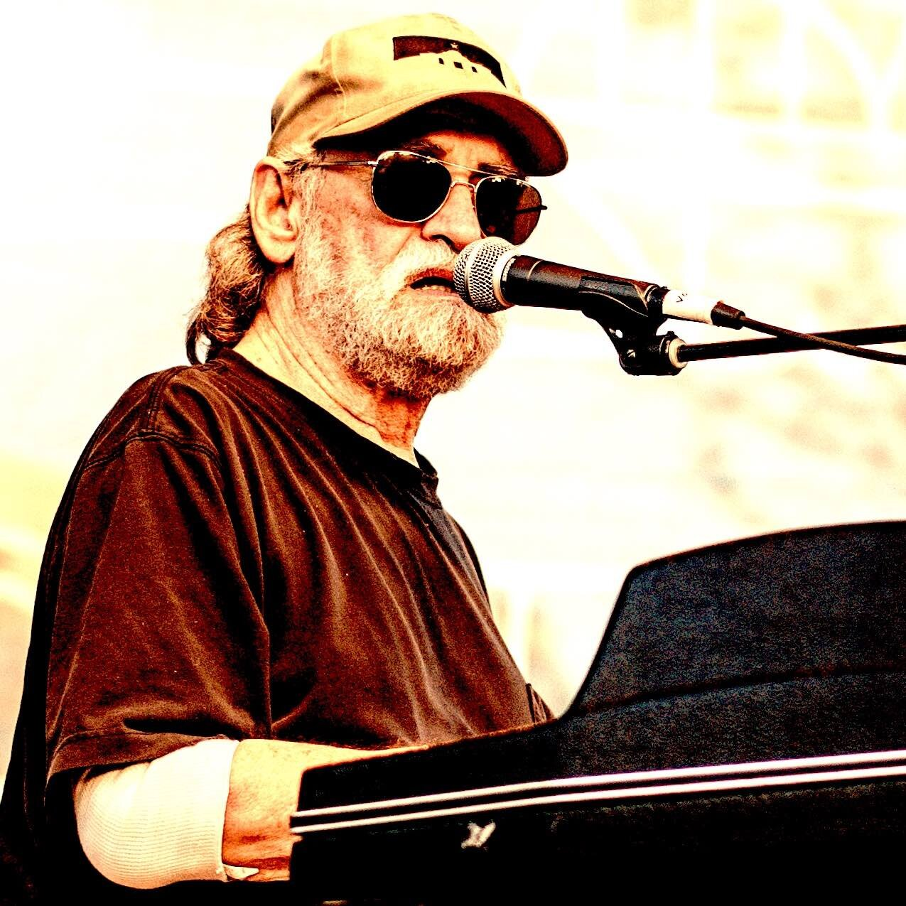 Donnie Fritts Square.jpg