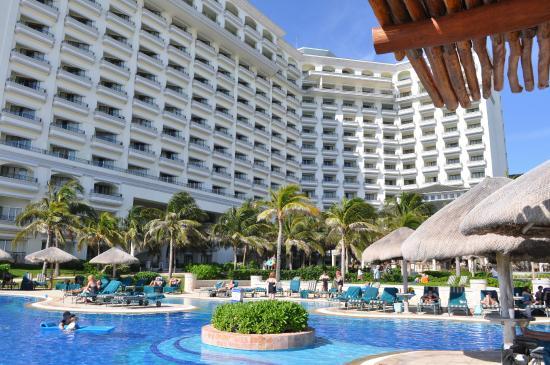 jw-marriott-cancun-resort.jpg