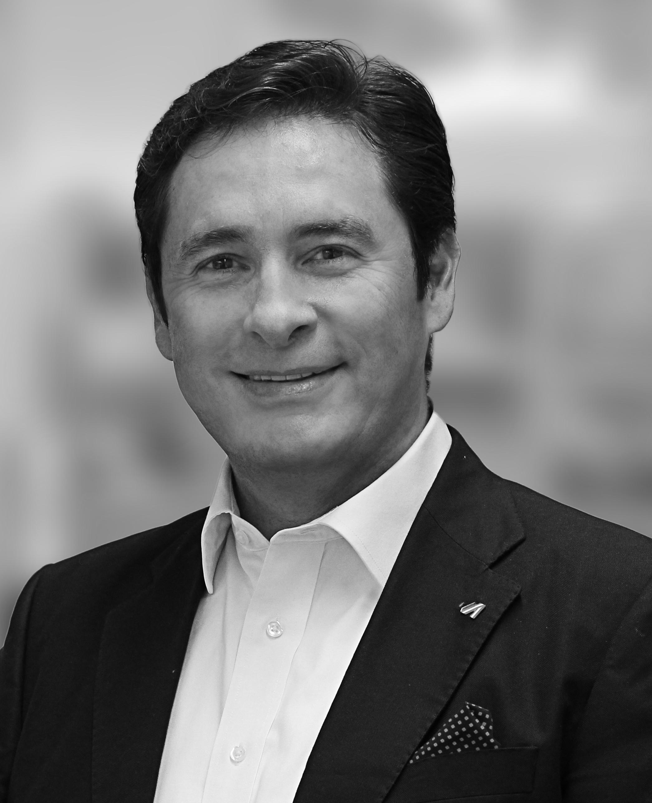 Hector Montellano, Sales and Business Development, UNTHA