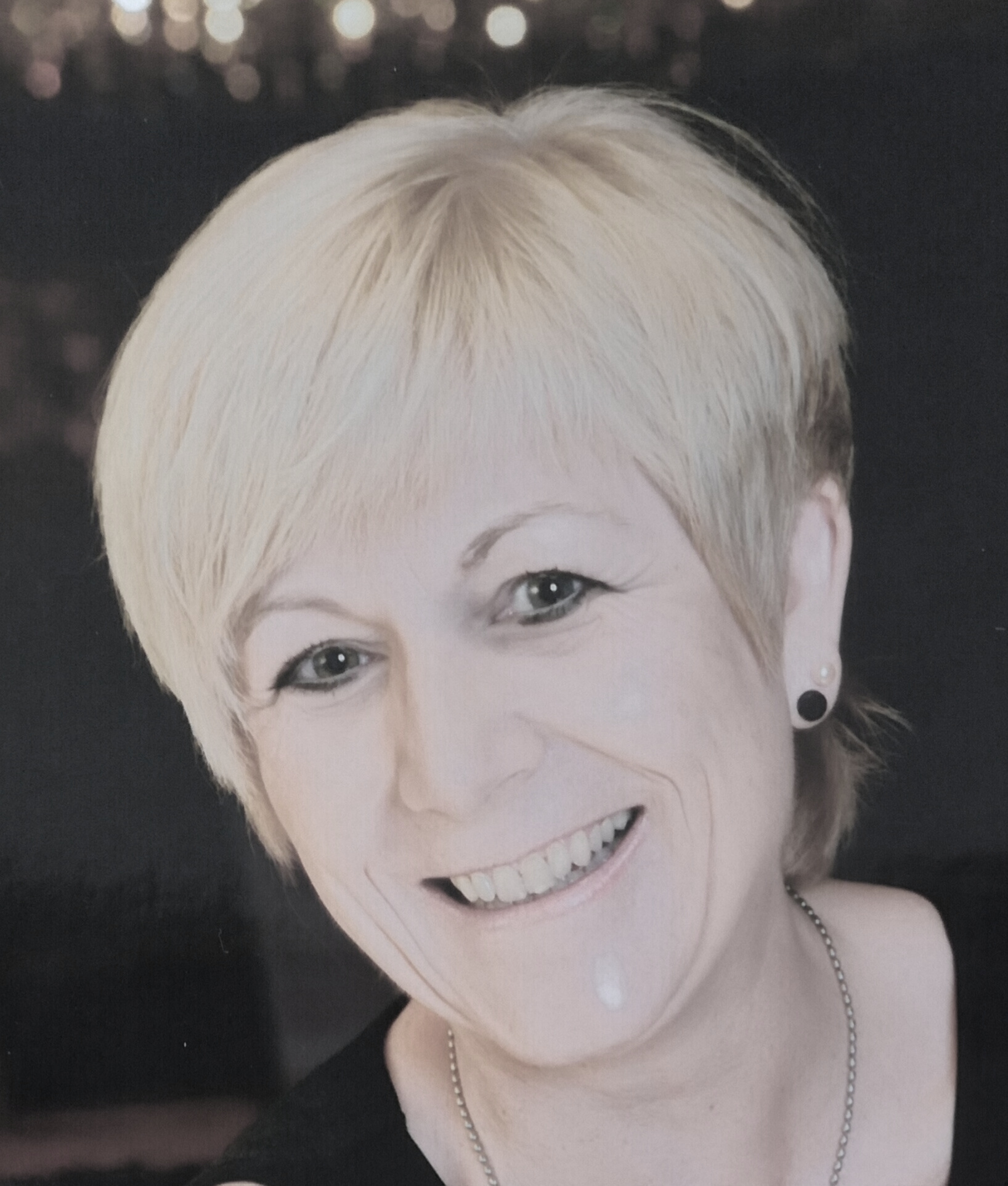 Silvia Flachsel, Sales director, Toni Technik Baustoffprüfsysteme GmbH