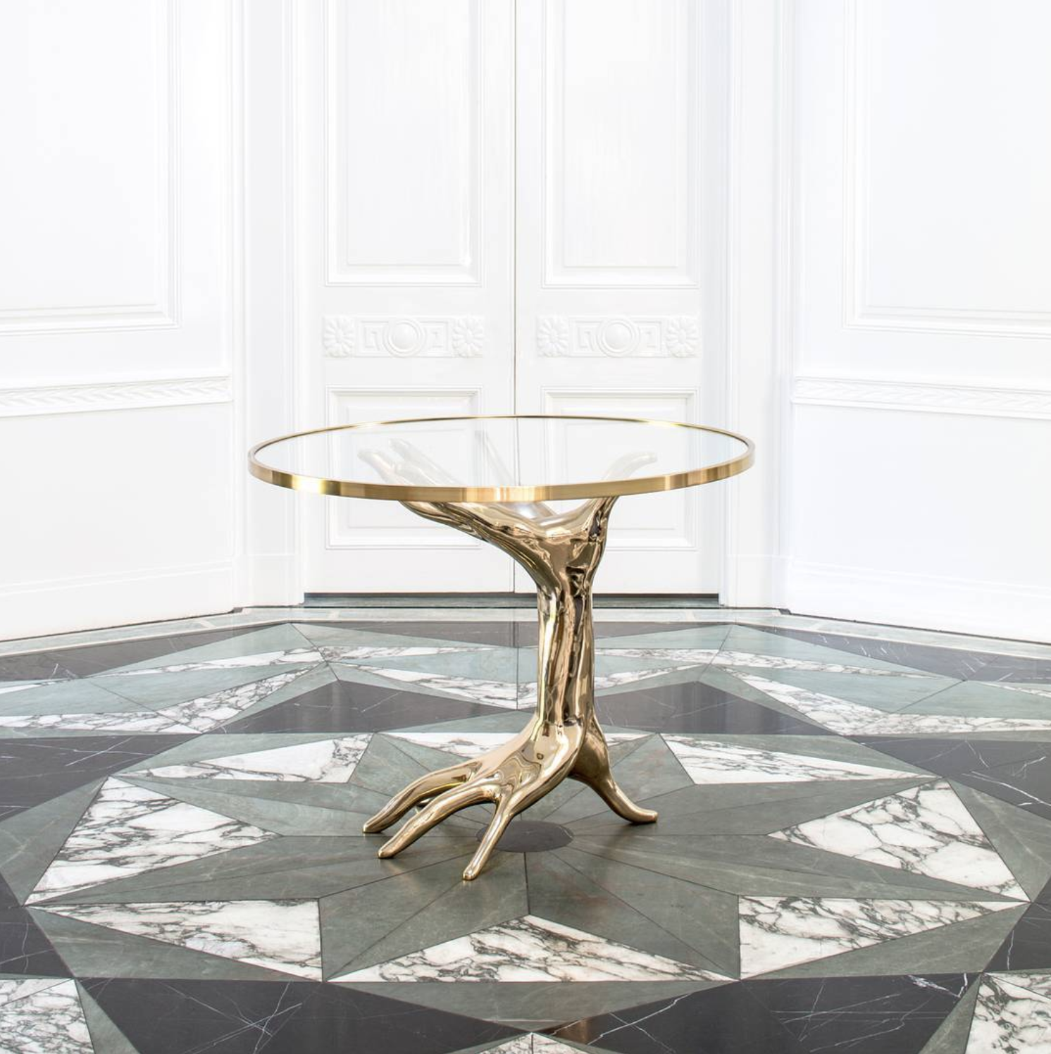 Source . Kelly Wearstler is one of my favorite designers of all time and is an absolute wizard with marble. Can we talk about this floor?!