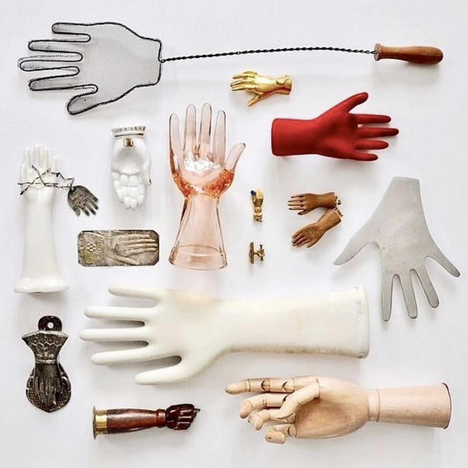 Source . Grace Bonney of Design Sponge linked to this gorgeous hand collection.