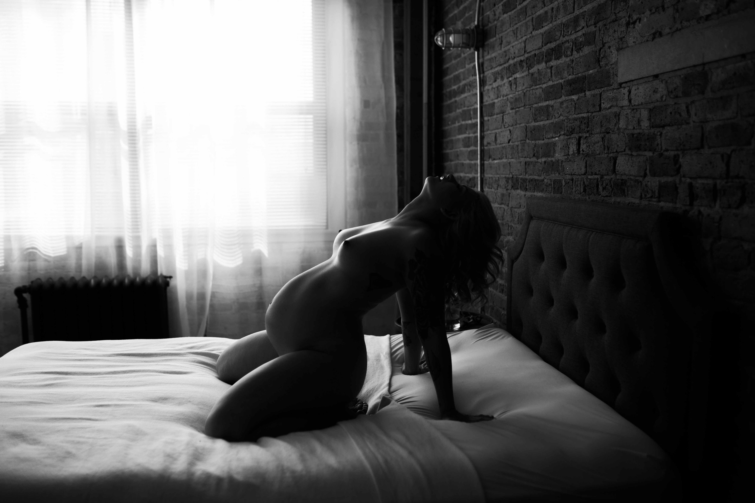 Maternity_Boudoir_Milwaukee