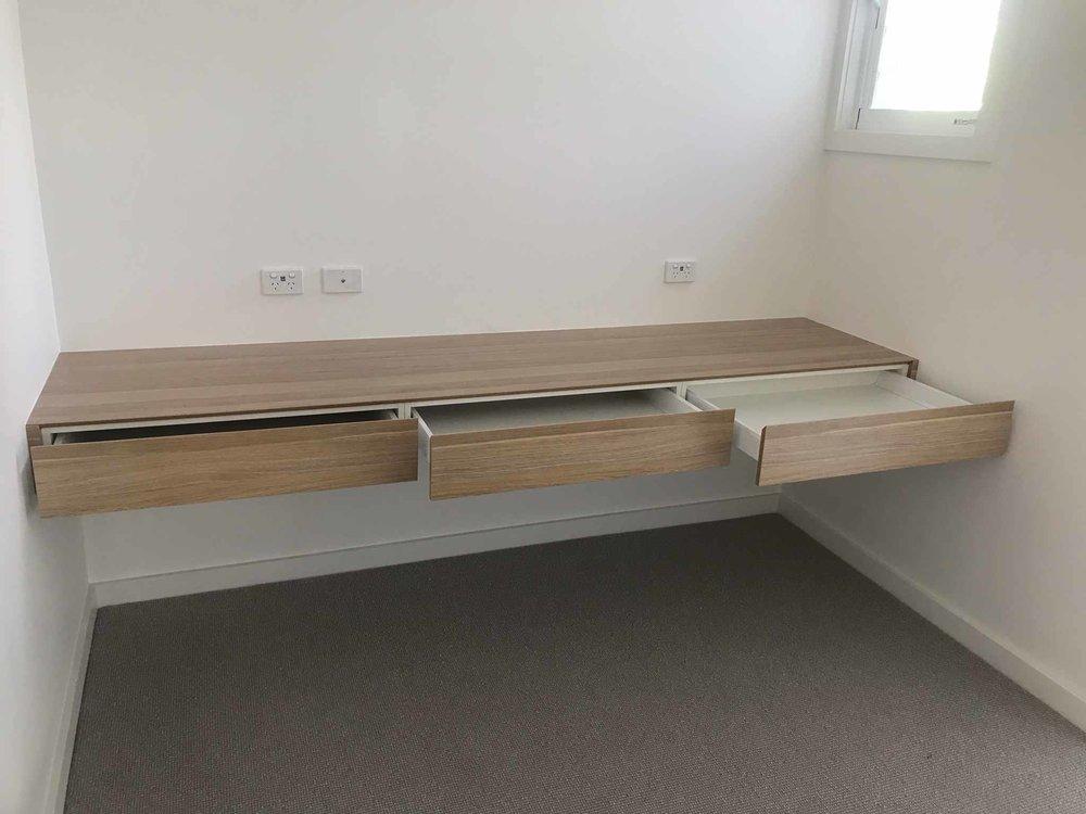Custom Office Desks Workstations, Custom Built Desk