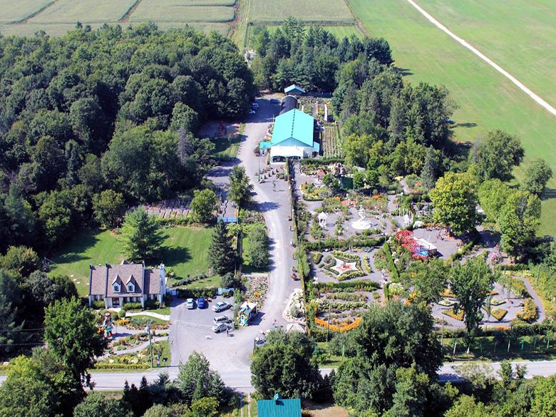 Vue aérienne du site de Route des Gerbes d'Angelica
