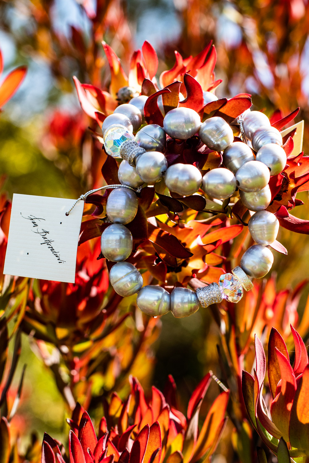 Pearl Bracelet with Crystals
