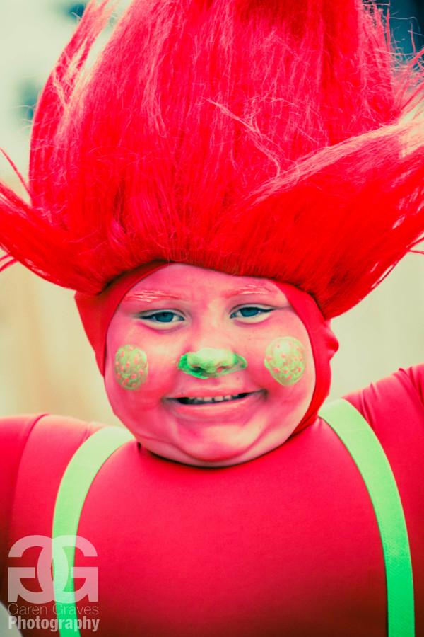 Red Troll Outside 3_Garen Graves.jpg
