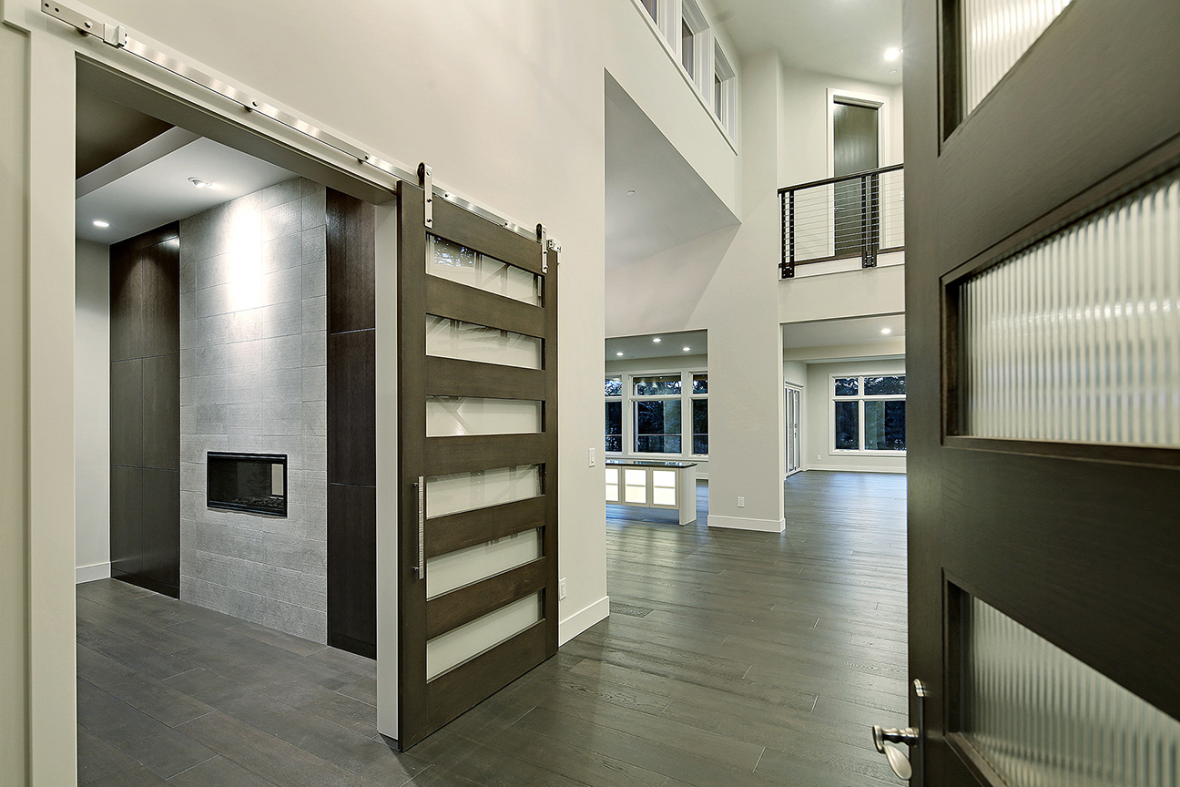 SRE-sliding-door-room.jpg