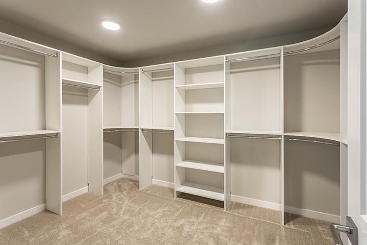 master-closet.jpg