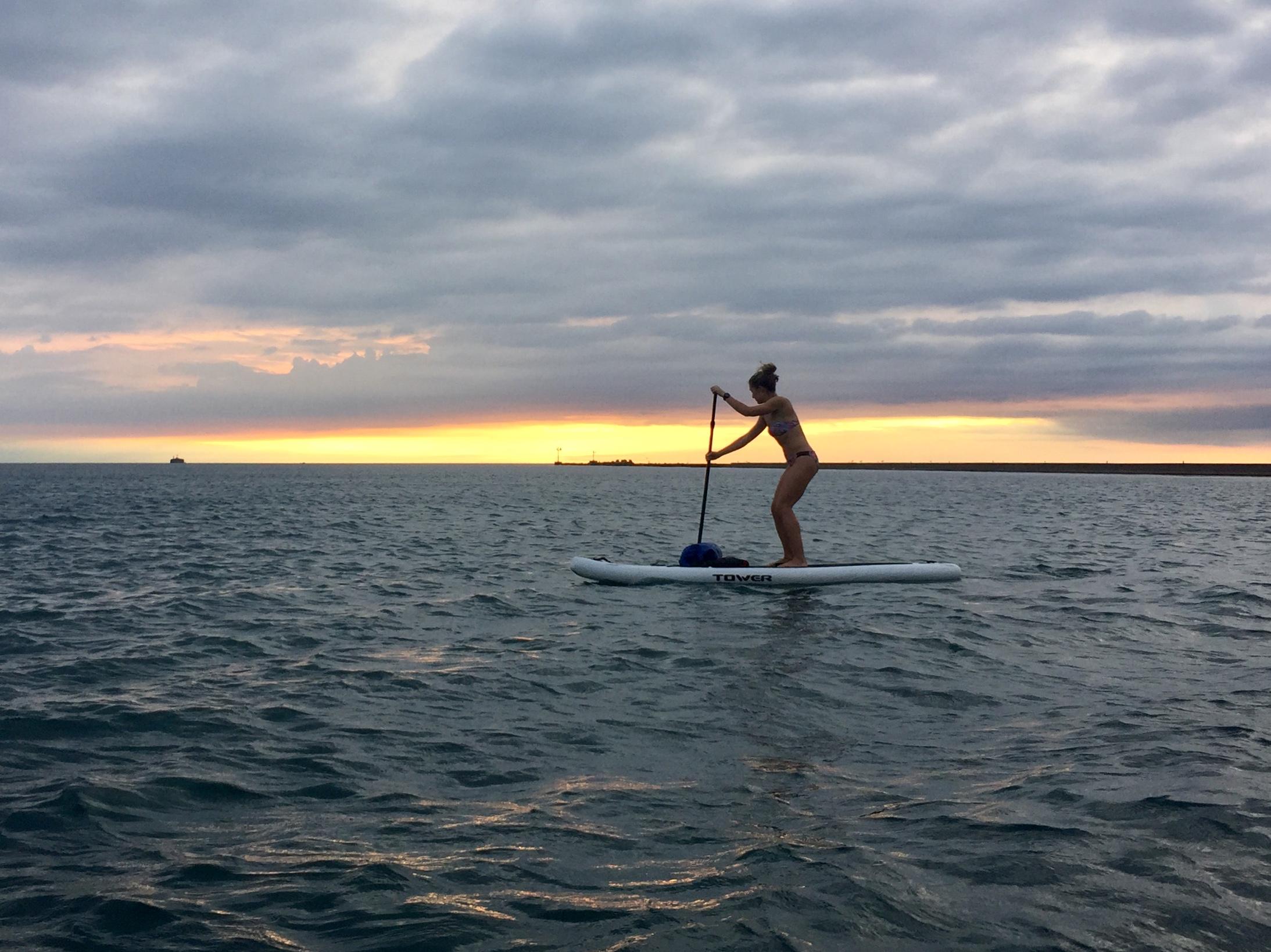Lake Michigan Sunrise Paddle in Chicago