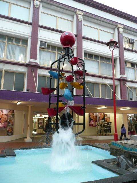 new_zealand_wellington_cuba_street_fountain.JPG