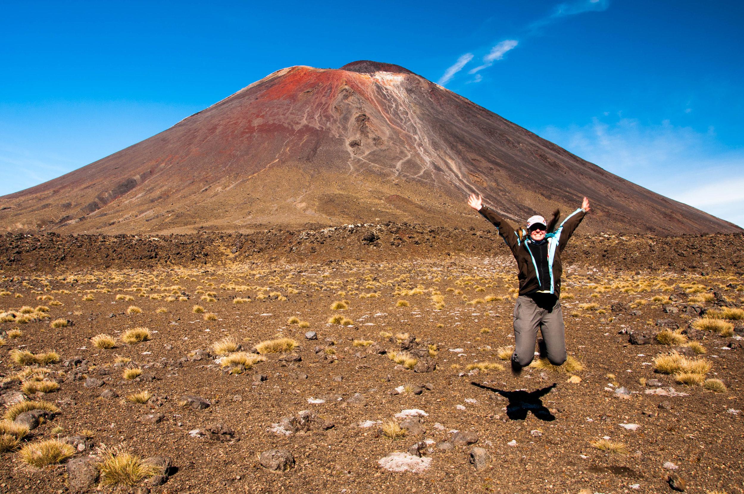Yes, made it to Mt Ngauruhoe!
