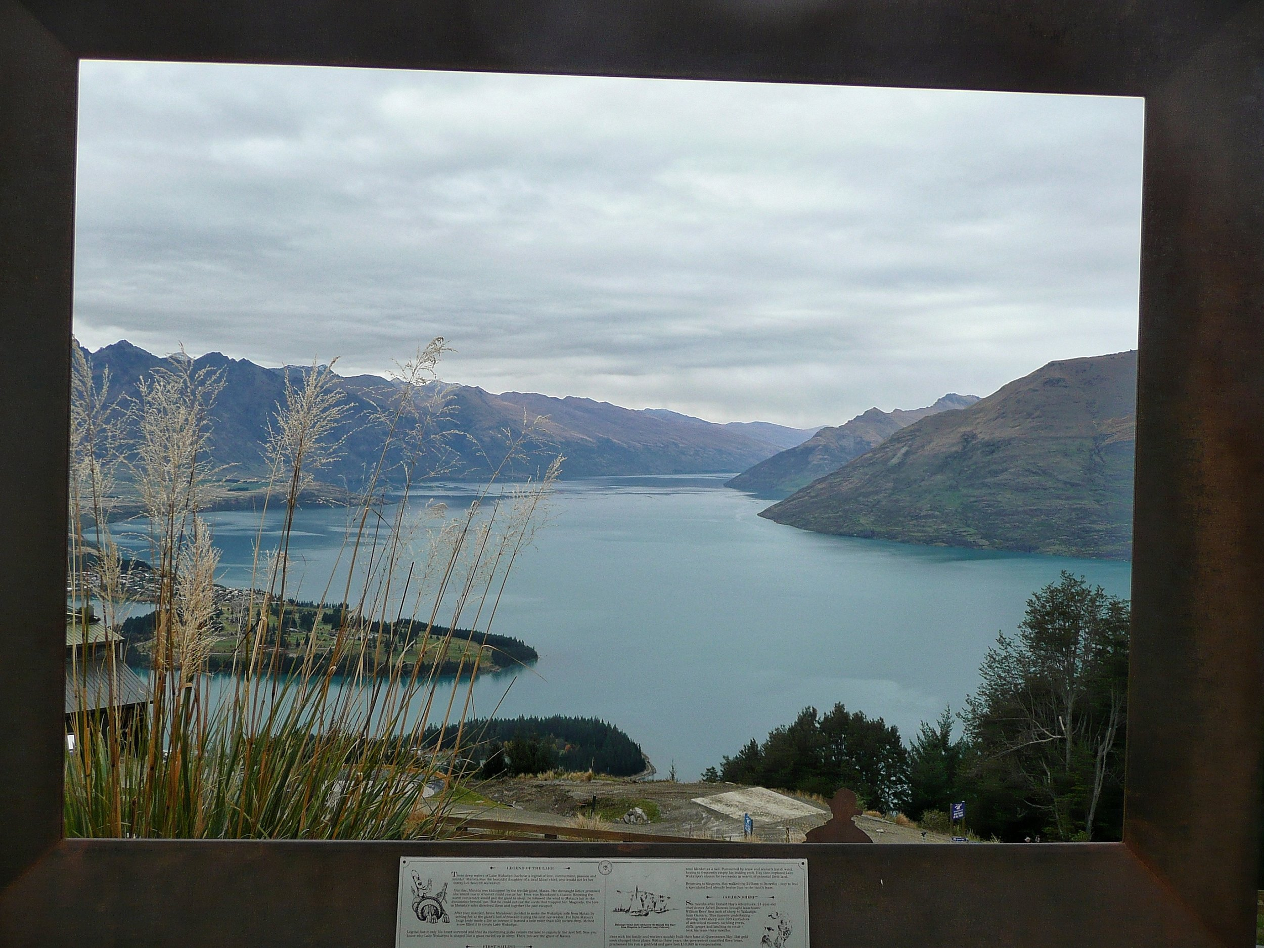 View over lake Wakatipu and the remarkables