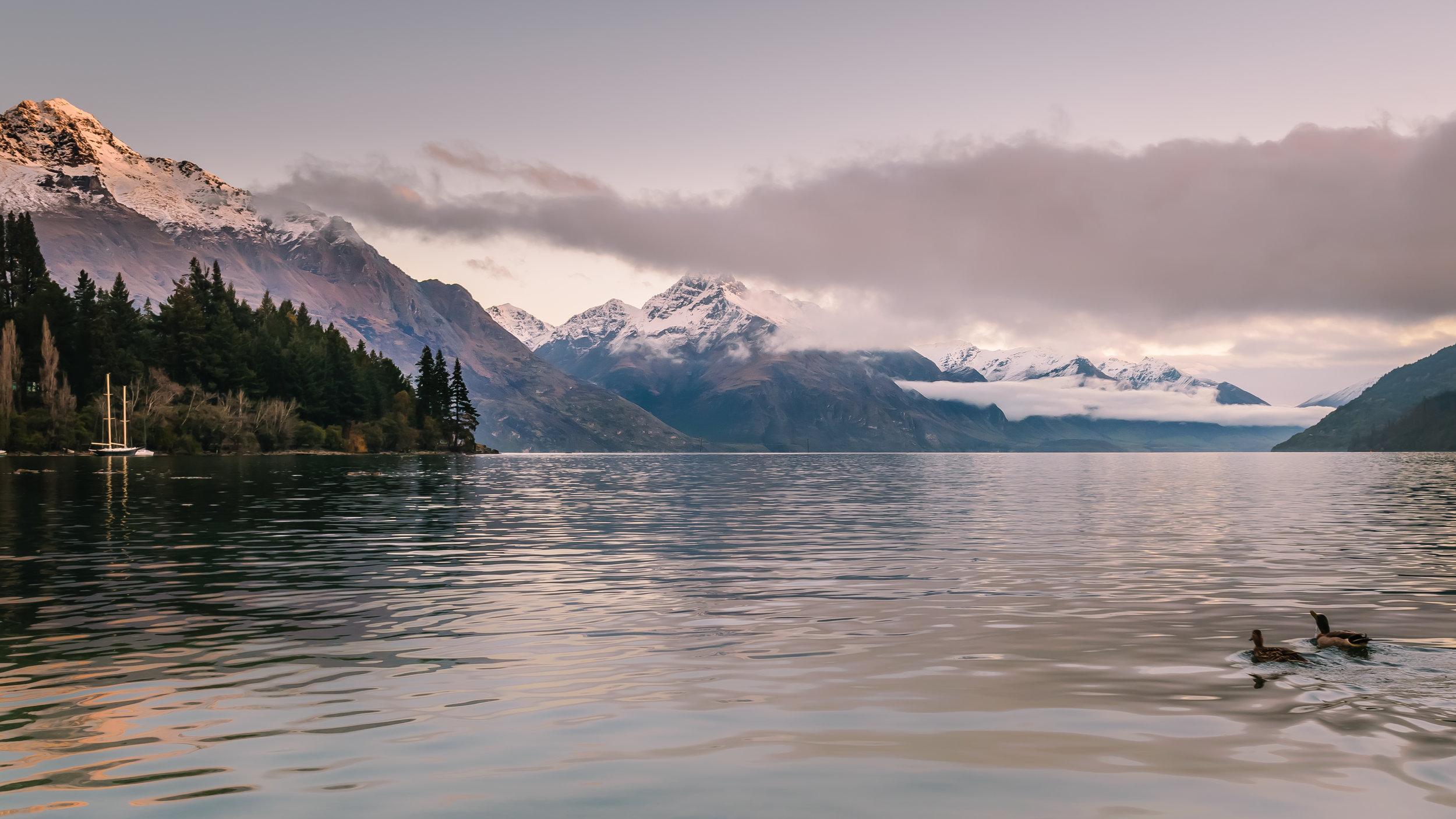 Stunning views over lake wakatipu