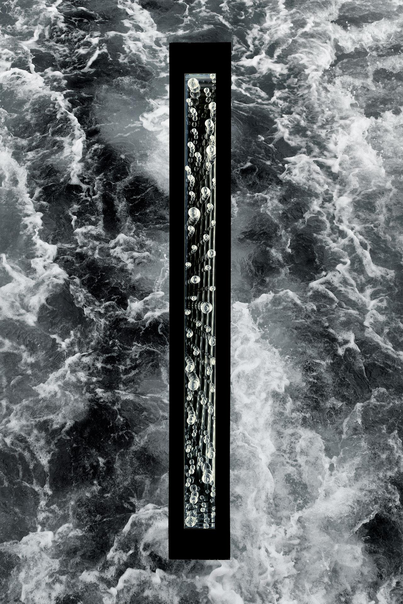 ELEMENTS-WATER-4FT-_DVZ4617-BLACK-water-W.jpg