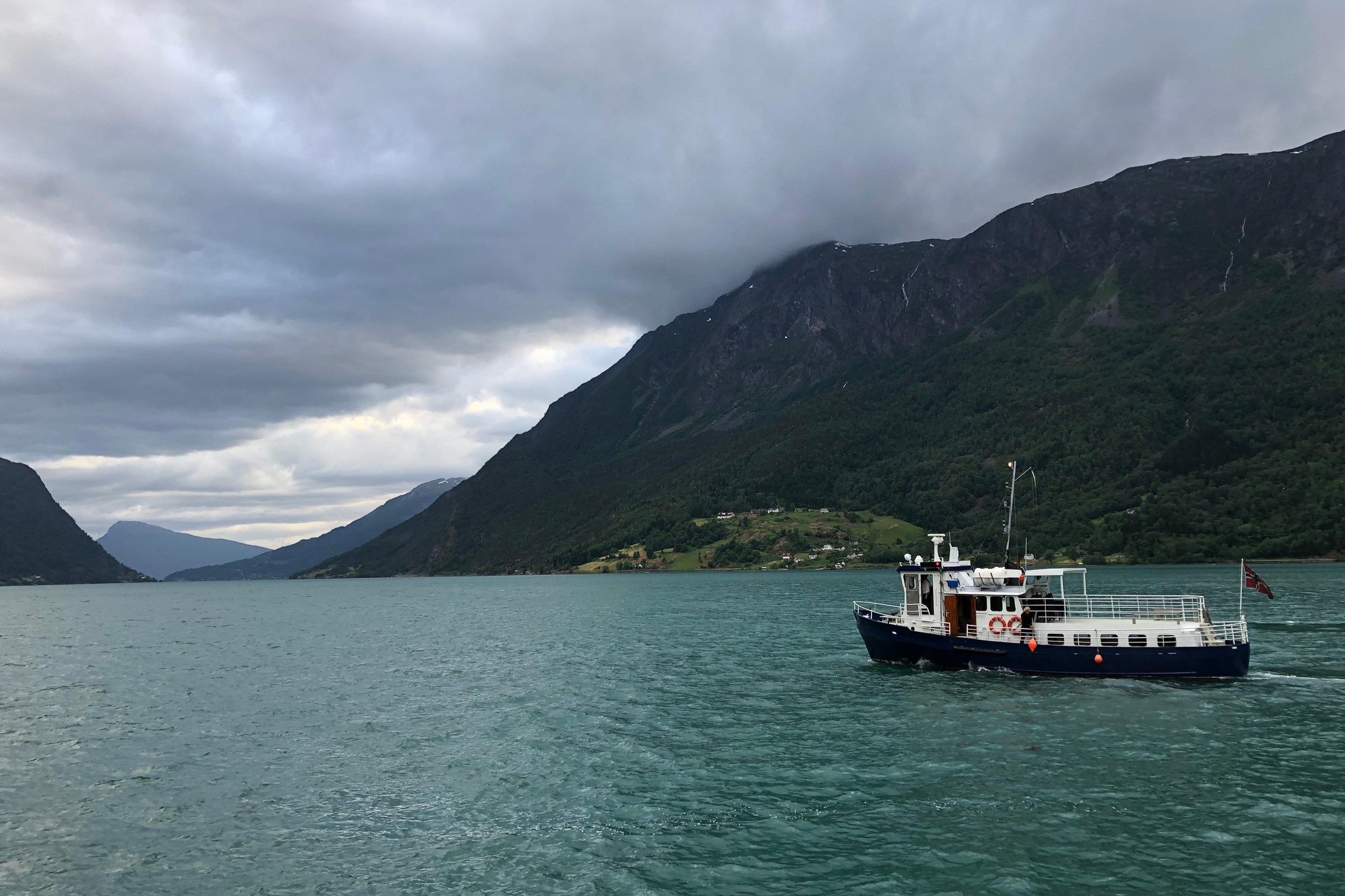 MS Rasvåg - 43 paxSoldekk og salong under dekkLedig for charter
